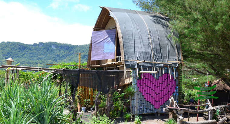 Garduaction – a creative waste project at the beautiful South Coast of Java